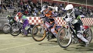 Youth 250 Start - Fast Fridays Motorcycle Speedway